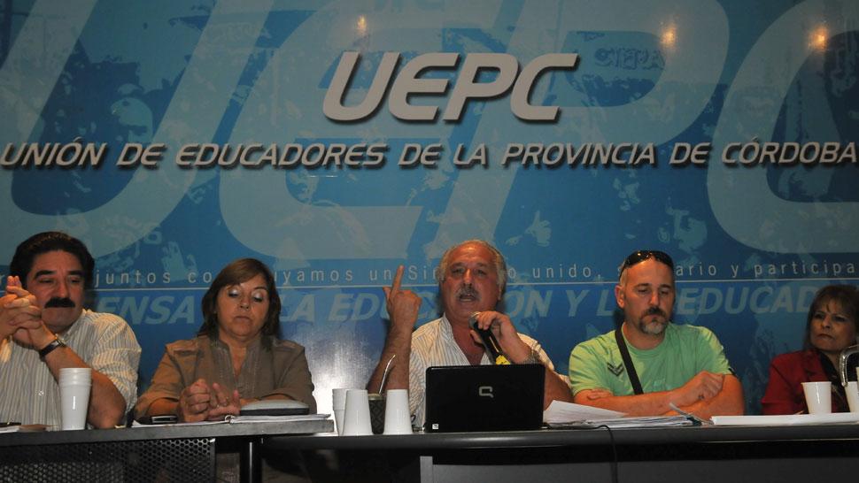 UEPC. Dijo que la modalidad del paro será sin asistencia a los lugares de trabajo (La Voz/Archivo).