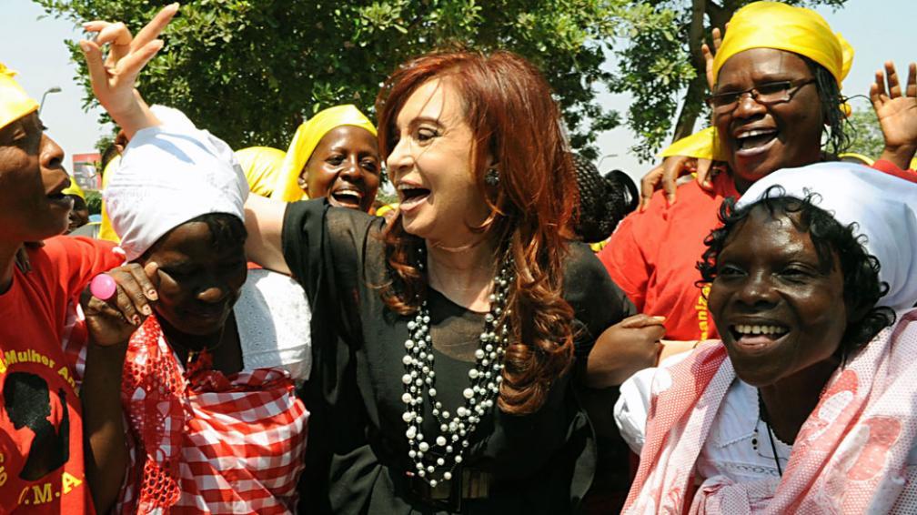 FERNÁNDEZ. En Angola (DyN/Archivo).
