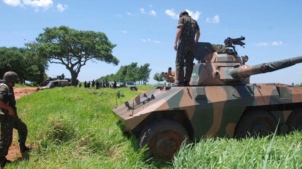 Controles. Las fuerzas armadas de Brasil prestarán especial atención a la zona de la triple frontera con Argentina y Paraguay (AP).