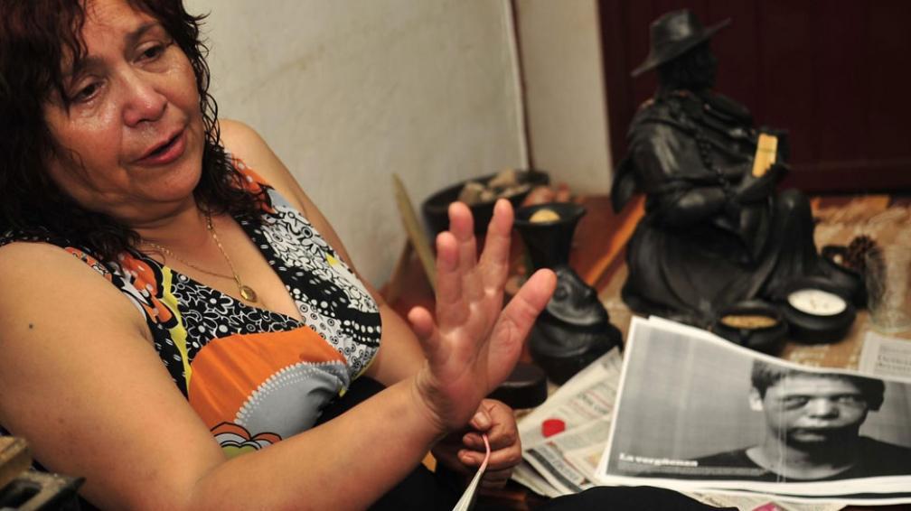 Lucha de madre. Luisa Monsálvez siempre bregó para que la investigación por las vejaciones a su hijo llegue a juicio (La Voz / Archivo).