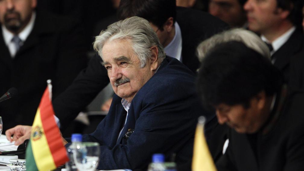 """Hay que cambiarlo. """"Hace 20 años que decimos que el Mercosur no marcha"""", manifestó ayer Mujica (AP)."""