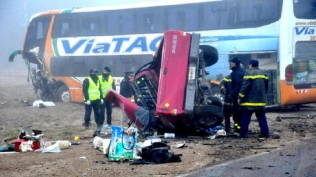 LA PAMPA. Así quedaron los vehículos (foto: El Diario de La Pampa).