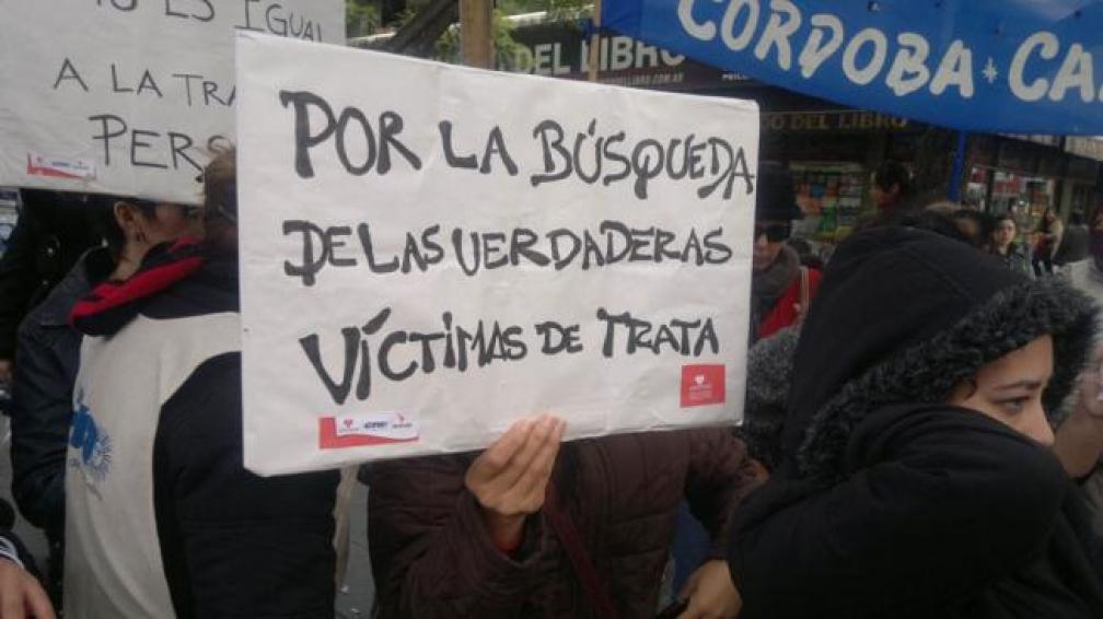 PROTESTA. De Ammar frente a la Legislatura (Ramiro Pereyra/ La Voz).