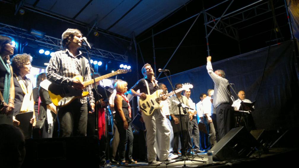 FESTEJOS. The Greets canta junto al coro de La Voz (Sergio Cejas / La Voz).