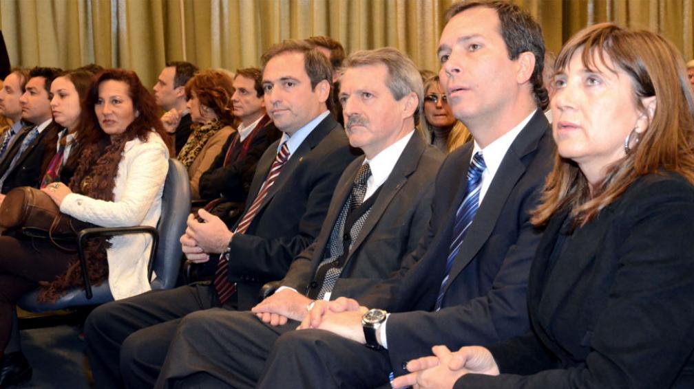 AUTORIDADES. Mestre, Cossar y Sesma al presentar la web (Municipalidad de Córdoba).