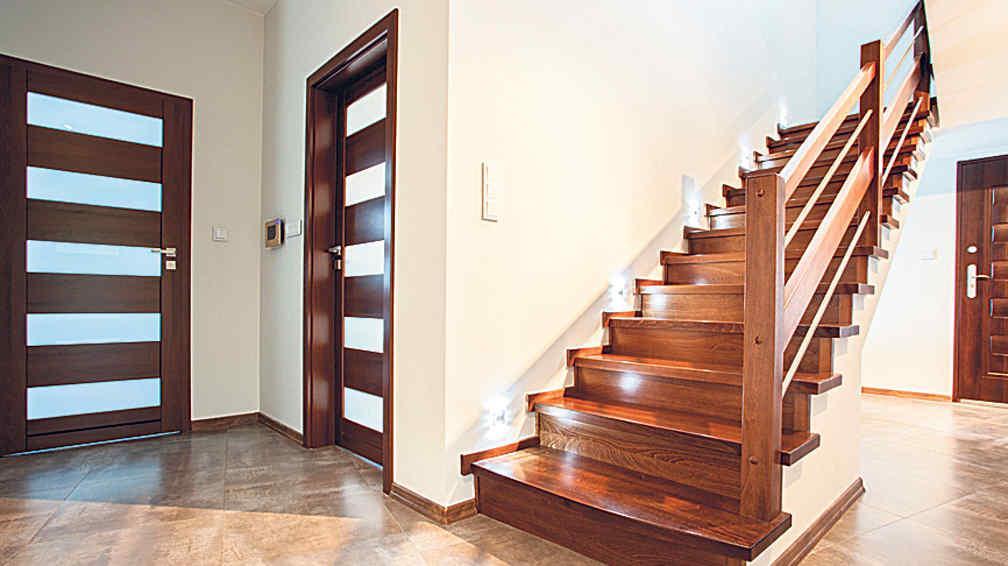 Escaleras funcionales y algo m s la voz del interior for Pasamanos para escaleras interiores