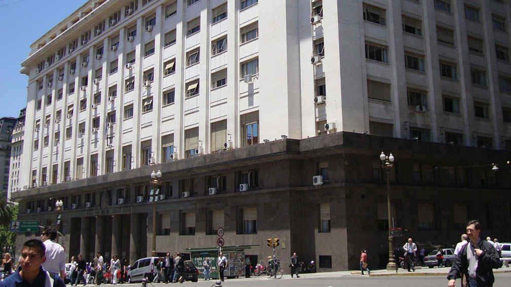 Fondos buitre daban instrucciones por e mail a boudou for Mail zimbra ministerio del interior