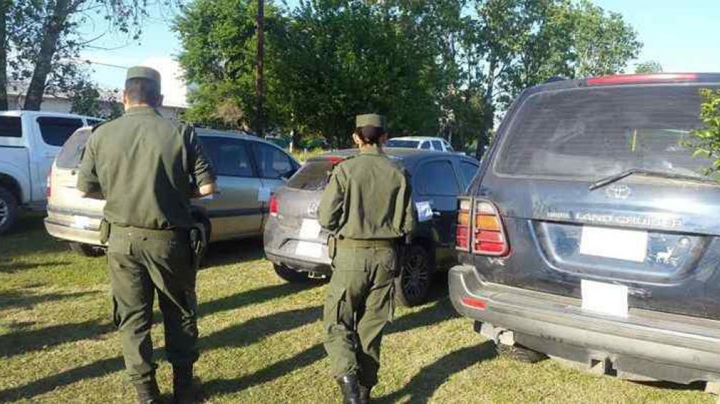GENDARMERÍA. Los vehículos secuestrados. Foto: @ericitalia.