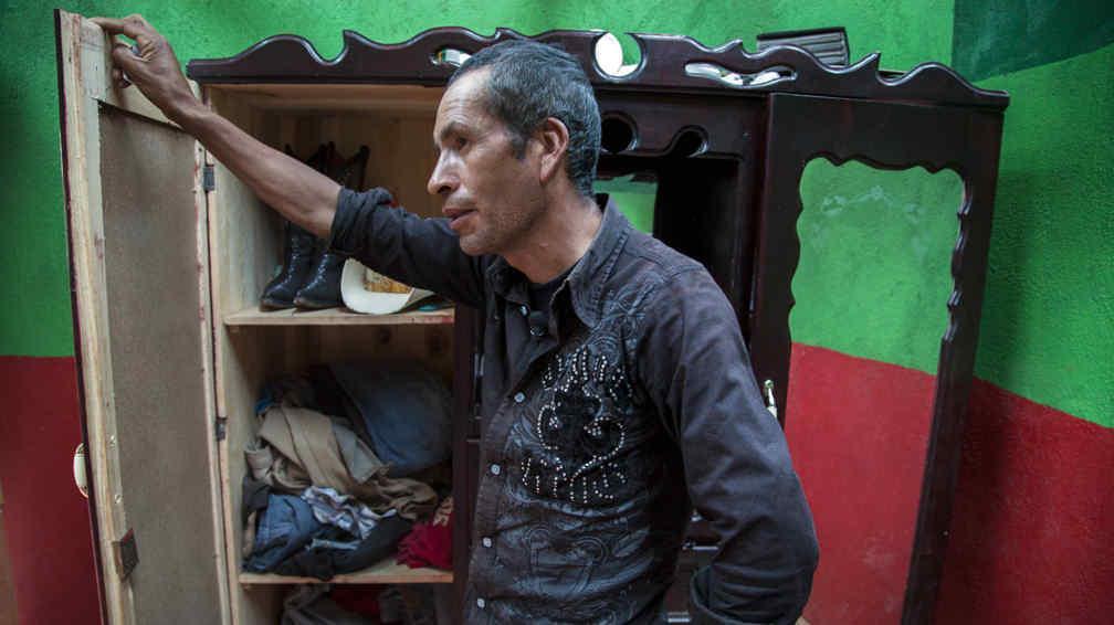 Francisco. Padre del joven muerto (AP).