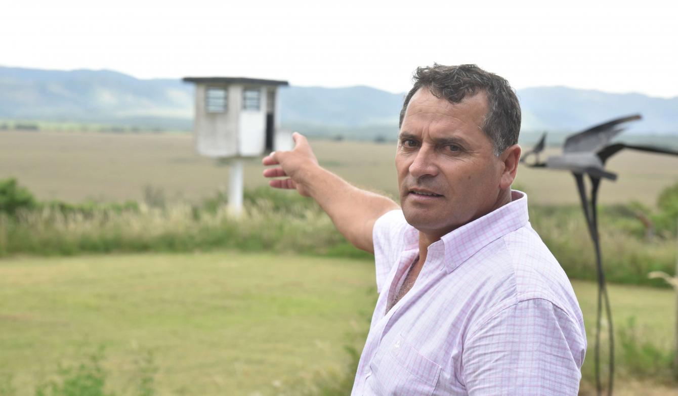 Andrés Quiroga vio los huesos de chico, pero en su casa no se podía hablar. Pasaron los años y en las noches se despertaba pensando en los familiares de los desaparecidos.