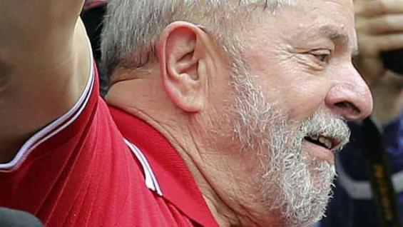 Posicionado. Lula lidera los sondeos de intención de voto.