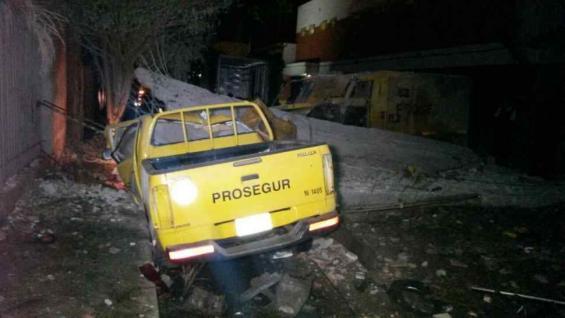 Caen tres brasileños emisarios del PCC en Cobija