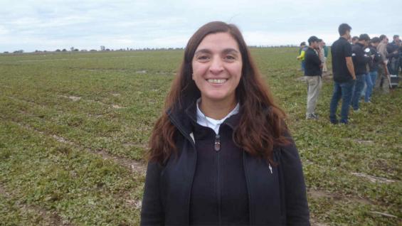 """CAMILA ILLA. """"Si bien no es un cultivo típico de la zona centro norte, el clima y el suelo han permitido su crecimiento"""""""
