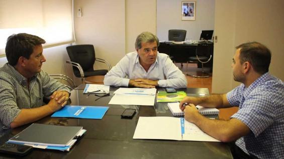 Autoridades. El secretario de Agricultura, Juan Cruz Molina, y el ministro Sergio Busso explicaron el régimen de incentivos. (Prensa Agricultura)