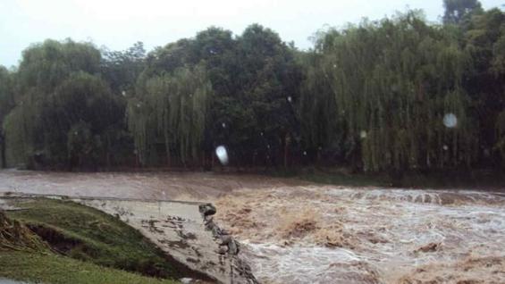 CATAMARCA. Ríos crecidos tras la lluvia (Foto El Ancasti).