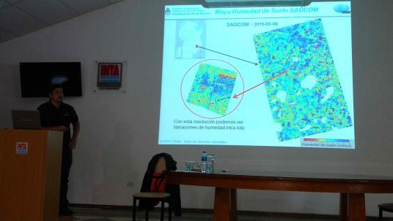 EXPERTO. Danilo Dadamia, de la Conae, explicó las utilidades que tendrán las imágenes aportadas por el Saocom. (LA VOZ)