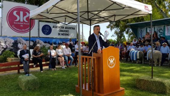 ETCHEVEHERE. El secretario de Agroindustria estuvo en una exposición ganadera en Comodoro Rivadavia. (Prensa Agroindustria)