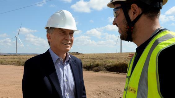 MACRI. El mandatario también recorrió el parque eólico Achiras. (Presidencia)