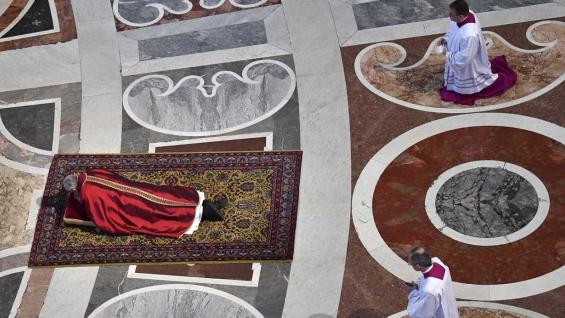 Papa Francisco lavará los pies a 12 detenidos pertenecientes a la mafia
