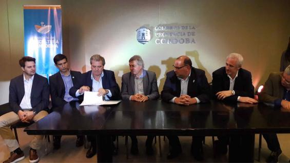CONVENIO. Fue firmado por las autoridades provinciales y el Senasa. (Ministerio de Agricultura y Ganadería)