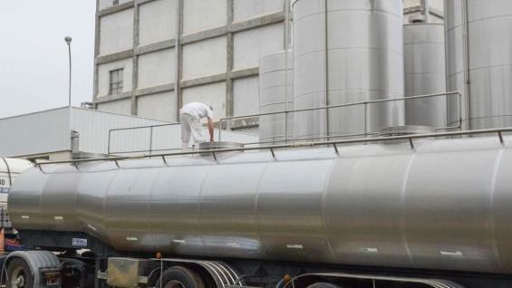 PRODUCCIÓN. El envío de leche de los tambos a la industria creció 4,3% en 2018. (Secretaría de Agroindustria)
