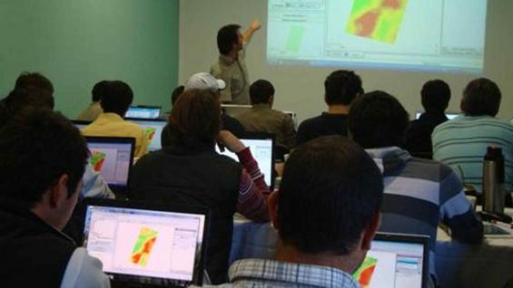 AGTECH. En el curso del Inta Manfredi habrá talleres sobre manejo de imágenes satelitales. (Gentileza Inta Manfredi)