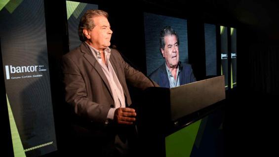 AUTORIDADES. El ministro de Agricultura y Ganadería, Sergio Busso, habló ante los 150 invitados (Ramiro Pereyra)