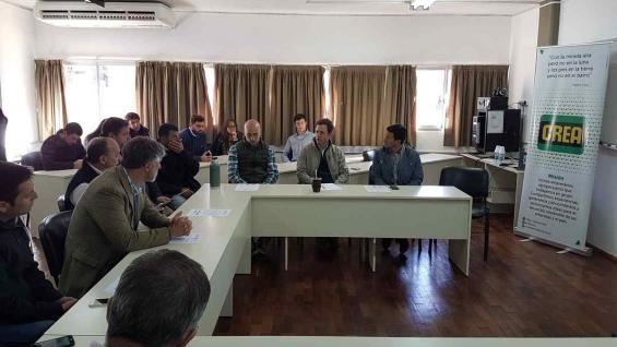 Presentación de las jornadas sobre ganadería y agricultura que organiza la Regional Córdoba Norte de Crea (Foto Regional Córdoba Norte)