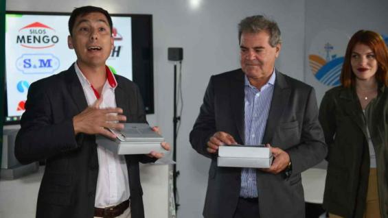 AUTORIDADES. Lisandro Tron, titular de Afamac; y Sergio Busso, ministro de Agricultura y Ganadería. (Nicolás Bravo/LA VOZ)