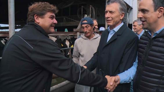 MACRI. Visitó un tambo de Venado Tuerto y se reunió con productores. (Presidencia de la Nación)