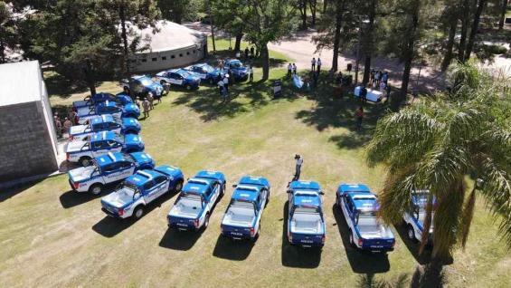 CAMIONETAS. La flota de las patrullas rurales sumó 15 nuevas pick-ups. (Gobierno de Córdoba)