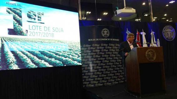 El subsecretario de Mercados Agropecuarios, Jesús Silveyra, al hablar en la Bolsa de Comercio de Rosario (Agrovoz)