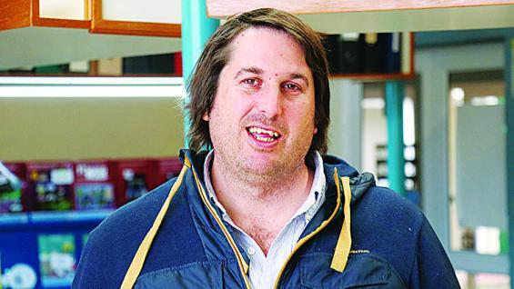 Guzmán Irazabal. Gerente de Agricultura en Estancias del Lago en Uruguay. (Agrovoz)