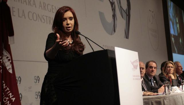 Cristina Fernández pidió evitar la importación en la construcción (Télam).