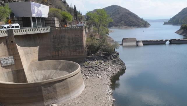 Cuatro meses. Así estaba el lago el 6 de octubre (Pedro Castillo/Archivo).