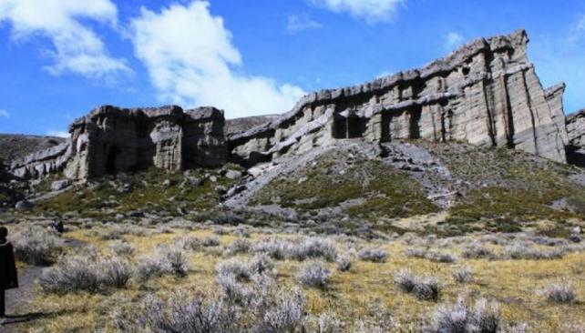 ANDES. Los andinistas se extraviaron a unos kilómetros al oeste de Castillos de Pincheira (Gentileza Los Andes).