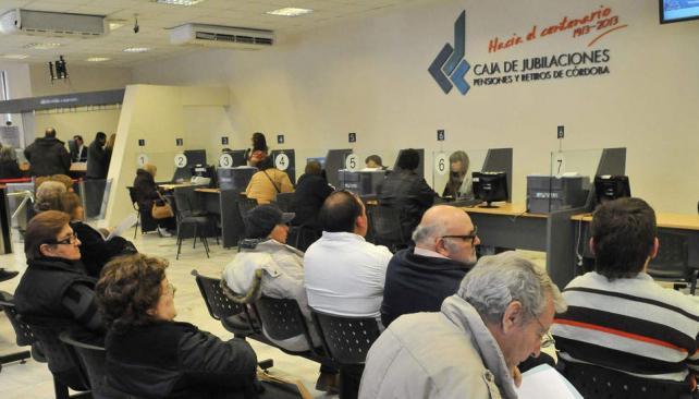 Sede. La Caja de Jubilaciones de Córdoba inauguró su nuevo edificio en Alvear y Rosario de Santa Fe (La Voz / Raimundo Viñuelas).
