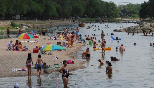 CALOR. Enero despide su último fin de semana con altas temperaturas (Archivo / La Voz)