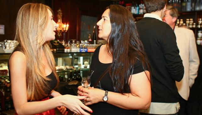 Charla de mujeres. Victoria Barsky y Florencia Mazzei.