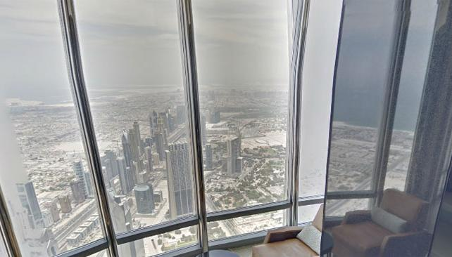 Street view muestra dubai desde el edificio m s alto del for Edificio movil en dubai
