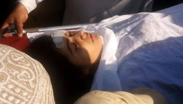 HERIDA. Malala Yusufzai fue lesionada en el cuello y en la cabeza (AP).