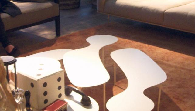 Formas orgánicas y redondas, premisas de muchos diseños de mesas.