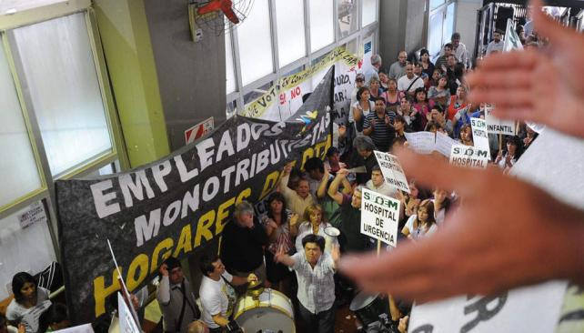 Destino único. En junio, los empleados fueron beneficiarios directos de cada peso que entró al municipio (Antonio Carrizo/ Archivo).
