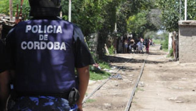 Sólo la intervención policial logró acallar las balas de hace cuatro días (Ramiro Pereyra/La Voz).