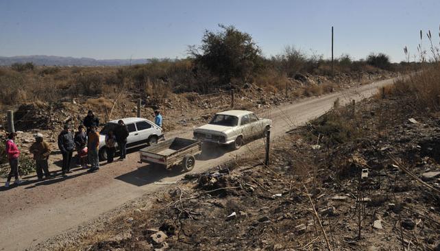 RESTOS ÓSEOS. En la zona de los cortaderos de ladrillos de Los Boulevares (La Voz/A. Carrizo).
