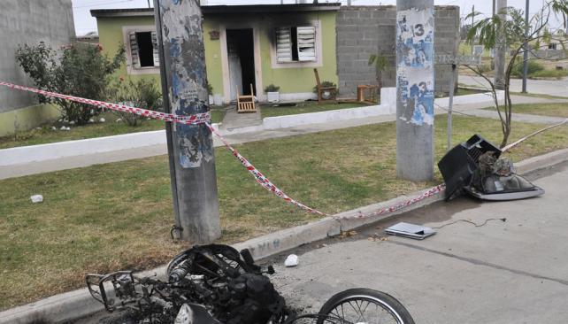 Tres detenidos. La pelea terminó con un muerto y cinco heridos. Anoche, tres de los lesionados quedaron imputados por el homicidio (La Voz / Pedro Castillo).