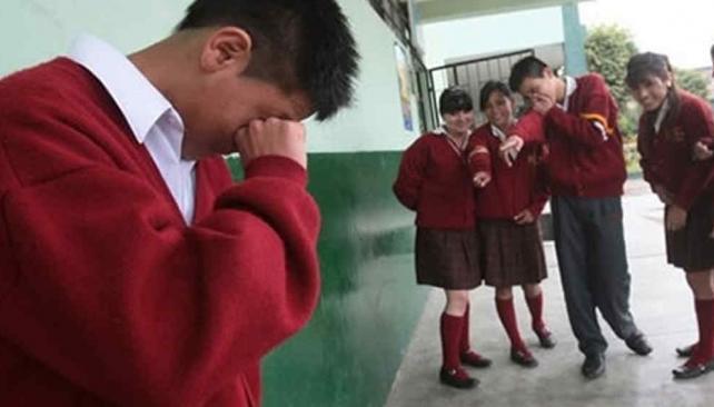 """Hostigamiento. El """"bullying"""" es una conducta de persecución o de acoso sistemático hacia otra persona."""