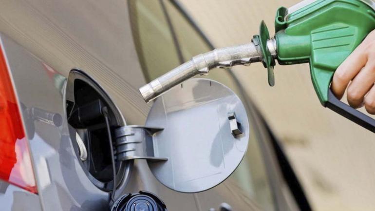Si eliges nafta súper o premium, deberás tener en cuenta el tipo de conducción que realices puede generar mayor consumo de combustible. (Mundo Maipú)