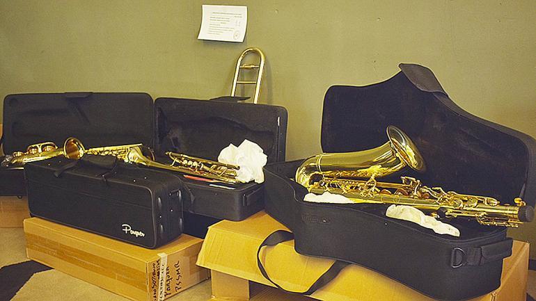 Algunos de los instrumentos de viento entregados por el programa. (Agencia Córdoba Cultura)