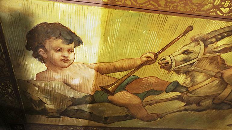 Avance del trabajo, de izquierda a derecha de la pintura. (Agencia Córdoba Cultura)